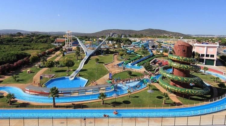 Aquashow Family Fun Park Quarteira